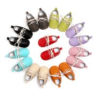 Wholesale England style baby shoes Lace up moccasins infants quality PU leather toddler first walker Solid European USA Hotsale Fall outwear shoe
