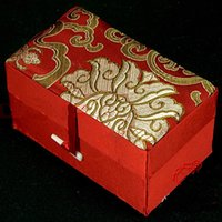 Wholesale Silk Satin Gift Boxes - Decorate Rectangle Silk Satin Watch Jewelry Storage Cases Bracelet Gift Box Cotton Filled Cardboard Jade Stone Trinket Craft Packaging Boxes