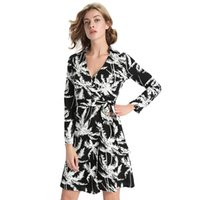 Wholesale 2016 New Design Knitted Flora Printing Trench Coats Women Outwear Long Clothes Trench Lapel Neck Long Sleeves Femme Clothing Dresses FS0276