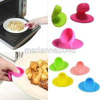 Wholesale 5Pcs Kitchen Dishes Silicone Oven Heat Insulated Finger Glove Mitt Cute Cooking Microwave Non slip Gripper Pot Holder