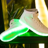 Wholesale Men s LED AF1 shoes Colorful LED lamp luminous fluorescent shoe lovers white high tide mvfpmhxbbb USB charging models