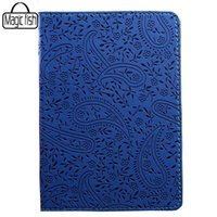Wholesale Charm in hands PU Leather Passport Holder Cover Luxury Passport Cases Travel Ticket Pouch Casual Packages Bag Passport Bag C0669