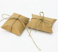 Wholesale 100pcs Vintage Kraft Pillow Candy Box with Burlap Ribbon Wedding Favor Gift Box Party Candy Box Decoration