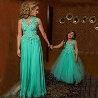 applique wholesale - 2016 Turquoise Mother Daughter Prom Dresses Stunning Sheer Neck D Floral Appliques Chiffon Tulle Floor Length Formal Party Gowns