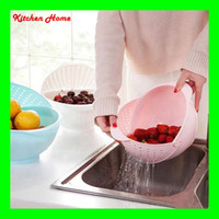Wholesale 2 Sizes Hot In Super Practical Creative Plastic Kitchen Wash Rice Colander Strainer Sieve Vegatable Basket With Cover
