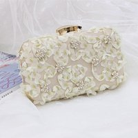 apricot handbag - Chic Latest Light Apricot Floral Applique Beaded Bridal Handbags Cheap Flap Chain Wedding Evening Bags High Quality EN7221