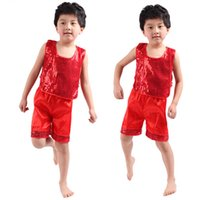 Wholesale Hot Sales Dance Clothes Boys T Shirt Shorts Suit Fashion Dancewear Kids Clothing Sets Children s Day Stage Performance Costumes UA0176