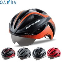 bicycle racing helmets - The cheapest TT helmet professional bicycle road race holes EPS and PC Integrally molded Helmet Can be mounted goggles