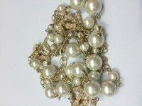 Perle collier pendentif Prix-Mode collier de luxe série Collier en cristal de fleur de perle pour les femmes Bijoux de marque pour le mariage