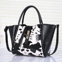 Cheap New Women Leather Handbags For Woman Fashion Designer Pierced Tote Personalized Handbag Messenger Bag Tassel Hangbags