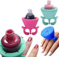 Wholesale 2016 New Arrival Colors Wearable silicone nail polish bottle display holders styles for choices