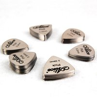 Wholesale In business Alice Stainless steel picks Cool Guitar Picks Stainless Steel Pick Thickness mm Shipping Free