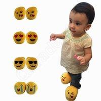 achat en gros de pantoufles chaussures mignonnes-enfants 3D Emoji merde Slipper Unisexe 3D Emoji Filles Garçons Chaussons enfants chaud Accueil intérieur Chaussures Mignon Maison Enfants HHA858