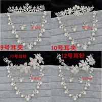 Wholesale Bautiful Pieces Bridal Accessories Styles Silver Stud And Clip Crystal Beaded Wedding Crown Pearls Tiaras Crowns For