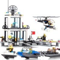 Wholesale Police Station Building Blocks Sets Model Helicopter Speedboat Educational DIY Bricks Toys For Children