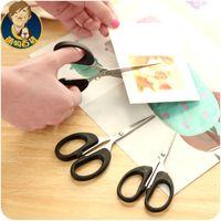 Wholesale Fan uncle small scissors office supplies paper cutting knife Mini Hand scissors students tailor lace scissors