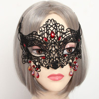Wholesale 2016 New Arrival Sexy Black Hollow Fox Lace Mask Fashion Halloween Women Masks with Red Crystal for Party
