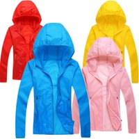 Wholesale new rapid skin hiking shoes outdoor dryness windbreaker sunscreen clothing ultra thin woman waterproof protection uv