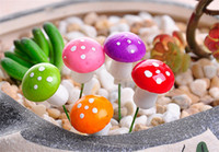 Wholesale 100pcs Artificial Colorful Mini Mushroom Fairy Garden Miniatures Gnome Moss Terrarium Decor Resin Crafts Bonsai Home Décor jy724