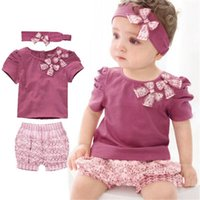 Wholesale girls children short sleeve kids sets baby suits the present fashion casual cotton prints bowknot soft candy year piece
