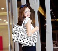 Wholesale Ladies Folded Geometric Plaid Bag Women Fashion Casual Tote Top handle Bag Shoulder Bags Bao Bao Pearl BaoBao Bolsas Handbags