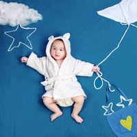 Wholesale newborn photography props infant robe white flannel bathrobe towel baby clothing