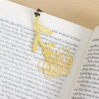 Wholesale Pieces Metal Gold Carnations Bookmarks Wedding Favor Gift Birthday Party Favors