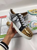 snake skateboard - Newest Mens Womens Fashion low Top Snake scales Gold and serpentine Causal Shoes with rivets Street hip hop skateboard shoes