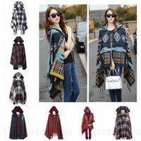 Wholesale Women Bohemian Hooded Shawl Geometric Oversized Scarf Plaid Scaves Grid Cape Lattice Poncho Tassels Fringe Scarves Fashion Wraps Cloak D39