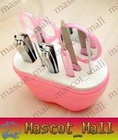 Wholesale DY225 set apple shaped stainless steel nail clippers manicure kit beauty Beauty Tools x021