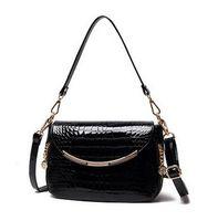 beautiful crocodile - Women Crocodile Pattern Patent Leather Handbags Spring Summer Lolita Shoulder Bag Beautiful HuiLin KY07 New