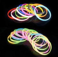 Wholesale fashion Soft silicone bracelet luminous bracelet Color fluorescent color Hand ring Hand catenary SZ40