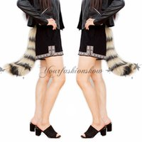 Wholesale Novetly cm Faux Fur Fox Tail Halloween Costumes Accessories Women For Party Cosplay Stuffed Shape Outer Tail Adjustable Z452