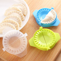 Wholesale Kitchen Accessories Plastic Pack Dumpling Maker Mold Dumpling Tool Cooking Pastry Tools Random Color