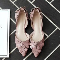 Wholesale Flowers sandals Patent leather sandals Roman shoes Korean version Sleeve Microfiber Leather Flat with Car suture Solid Wear summer Pointed