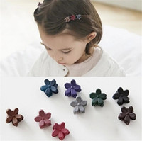 Wholesale 20pcs Candy Color Flower Mini Claw Clamp Hair Clip Hair Pin Barrette Hair Accessories for Baby Girl Lady Todder Mini Hair Claw