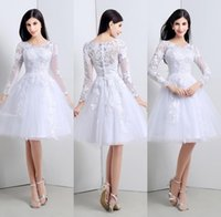 Wholesale Elegant White Tulle Ball Gowns Homecoming Graduation Dresses Lace Appliques V Neck Short Prom Dress with Long Sleeves