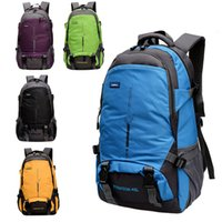 Wholesale New Arrival Men Outdoor Backpack Traveling Bags Hiking Camping Sport Shoulder Bags Nylon Waterproof Backpack Large Capacity B028