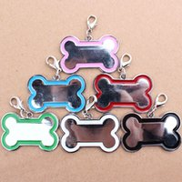 Wholesale New Colors Cute Stainless Steel Metal Bone Shaped Pet Dog Cat ID Tag Medium Name Tags for Pet Dog Accessories