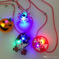 Wholesale 18 Inch LED Rope Necklace Eyeball Pumpkin Pirates Skeleton Light Emitting Pendant Necklace For Halloween Cosplay Party Accessories