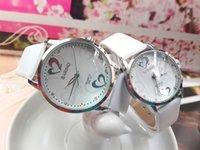 Relojes de cuarzo de los amantes del corazón Relojes de pulsera de los hombres y de las mujeres del estilo del blanco y negro