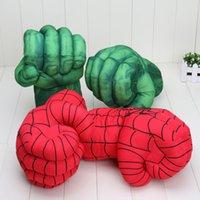 Compra Superhéroes juguetes de peluche-26cm Los guantes increíble Hulk hombre araña super héroe de la rotura violenta de felpa Guante de boxeo juguetes para niños Los niños de juguetes de Navidad