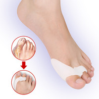 Wholesale 100Pairs Health Foot Care Toe Hallux Valgus Corrector Overriding Toes Beetle crusher Bone Ectropion Silicone Orthoses DHL Free