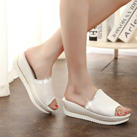 Wholesale summer new leather sandals and slippers women platform sandals shoes wedges platform shoes with comfort in Korea