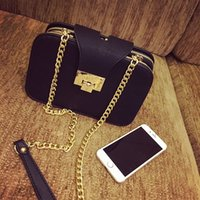 Wholesale clutch handbags new Korean lady diagonal fashion handbag shoulder bag messenger bag bag bag small small mobile phone chain