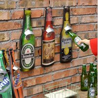 Wholesale Continental retro hanging beer bottle opener abrebotellas Wall Mounted wine opener home bar restaurant wall decoration bar accessories