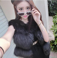 Wholesale New Arrival section raccoon fur vest Ladies short fur vest with luxury real Raccoon fur