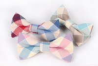 Wholesale Men bow tie the groom s best man married high grade sCotton plaid bow tie silk fabrics pure color solid colored silk tie DHG40