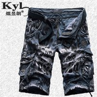 animal cargo shorts - New Brand Men s Casual Camouflage Loose Cargo Shorts Men Large Size Multi pocket Military Short Pants Overalls2292
