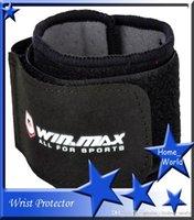 Wholesale Gym Elastic Breathable Wrist Support Protector Neoprene Fashional Wrist SupportDurable Comfortable Winmax WNF09105 Sports Adjustable Black